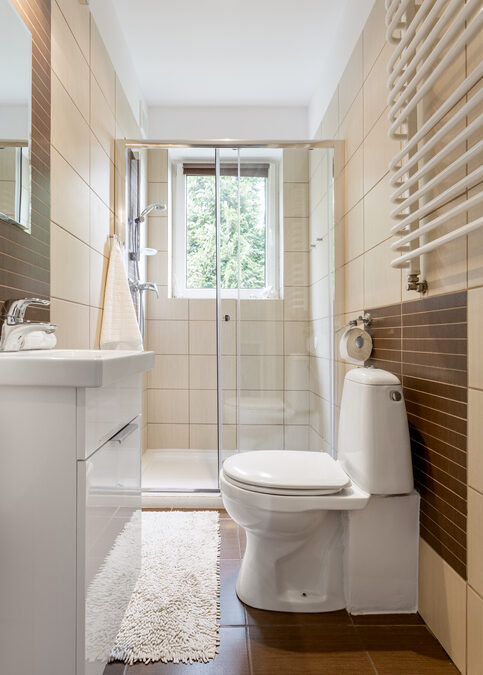Making the Most out of a Small Bathroom in Corporate Housing